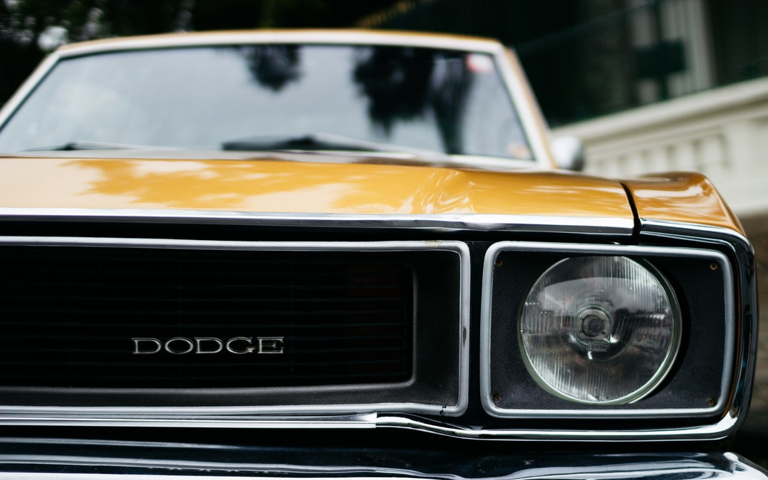 20 cadeaux pour les hommes qui aiment les voitures classiques | Le blog @ TheBroBasket.com 2